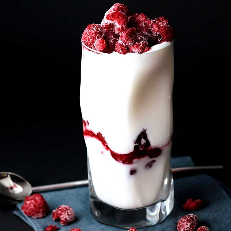 Berries and Yogurt Smoothie